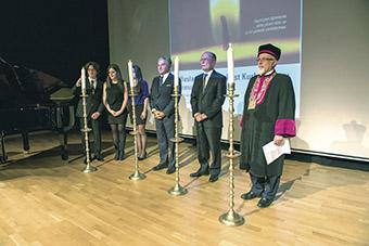 Kadir Has Üniversitesi'nde 27 Ocak 2014'te ilk kez düzenlenmiş Uluslararası Holocaust'u Anma Törenl (Foto: Alberto Modiano, Şalom Gazetesi)