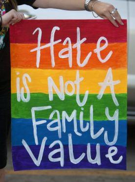 Nefret Ailevi Bir Değer Değildir http://goo.gl/gV2kVJ