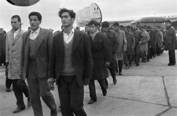 17 Ekim 1961 Fransa'da Cezayir Gösterişcileri http://goo.gl/ld7Pej