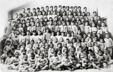 Armenian Orphans in Merzifon American College Source: http://goo.gl/jT4jSS